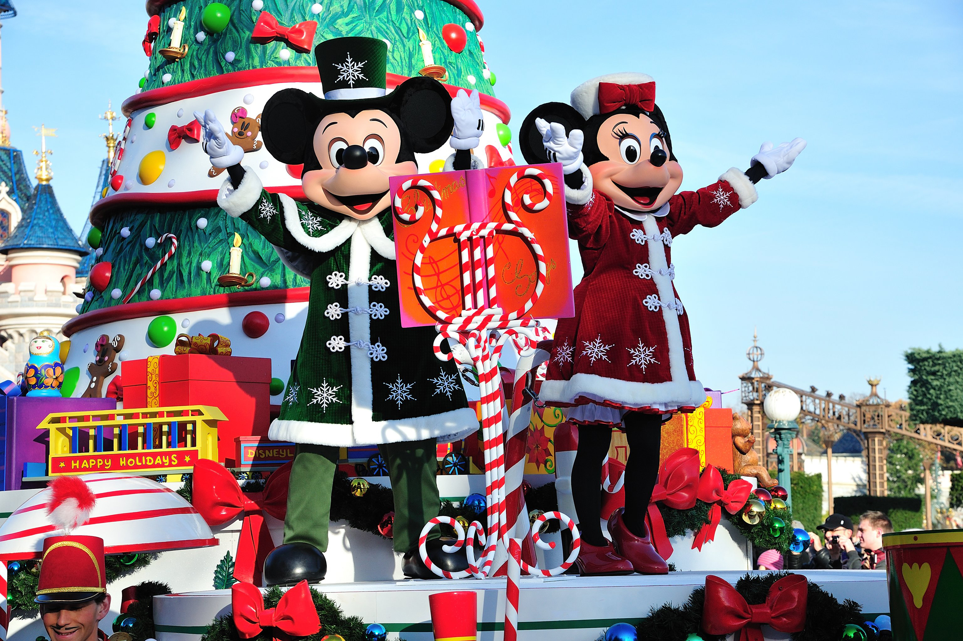 Mickey minnie christmas 2